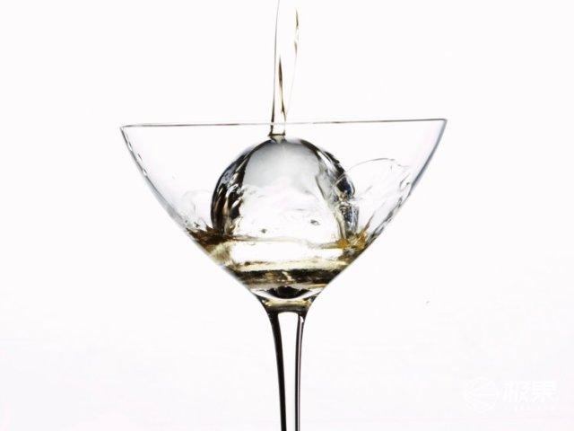 太奢侈!老外竟发明豪华冰块,售价2000多比酒还贵!