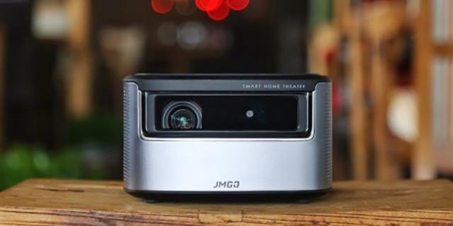 坚果J7投影仪测评,在家里也能声色俱全看大片
