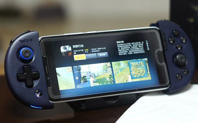 手机吃鸡无力,装上它让你手机秒变游戏机 — 飞智Wee2体验