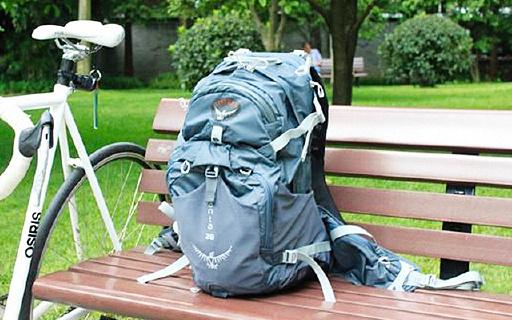 Osprey水袋户外背包,可装水3升,网状背负夏天使用也很合适