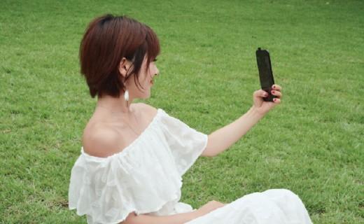升降式相机vivo NEX,时尚博主也没有抵抗力的手机拍照神器