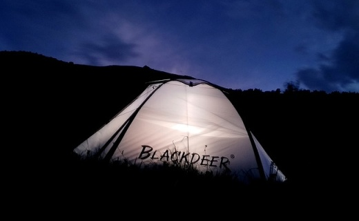 防风防雨空间大,看遍日出云海和晚霞,黑鹿 鹿小友双人帐篷评测