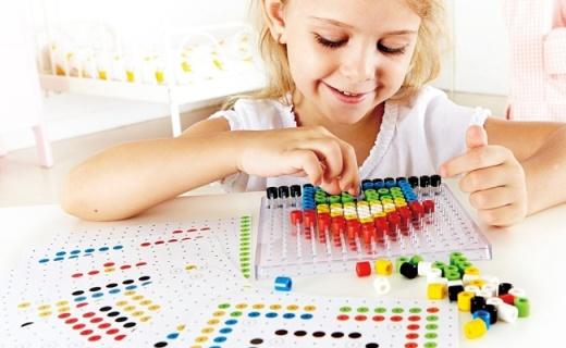 Hape儿童像素画:充分开发逻辑能力,培养创造性