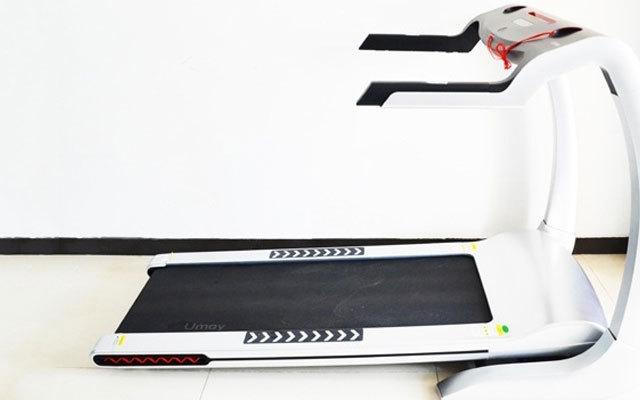能制定减肥计划的跑步机,有它在请教练的钱都省了 | 视频