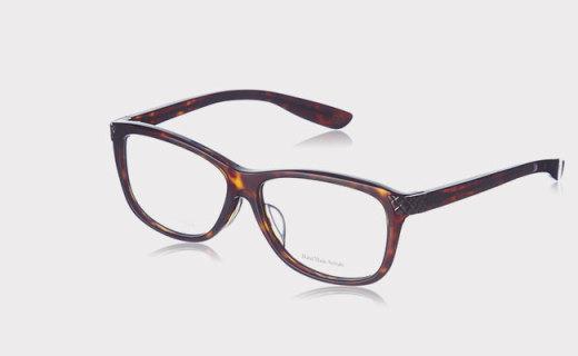 Bottega Veneta光学镜架:坚固PVC材质,轻质结实佩戴舒适