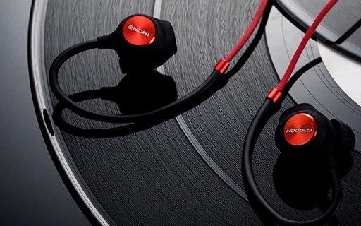 1More全新运动耳机,堪称耳朵上的运动私教