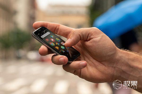 情怀复活!Palm推出超小型Android备用机