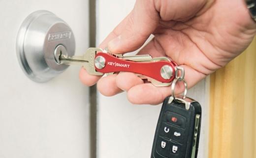 钥匙串也能秒变户外工具,让你告别叮叮当当