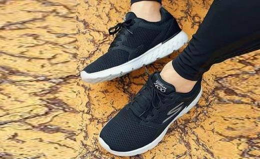 Skechers男士运动鞋:透气网布舒适缓震,经典设计百搭无禁忌