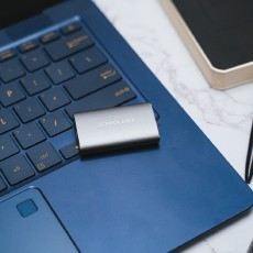 不一樣的移動硬盤-臺電S30移動固態硬盤