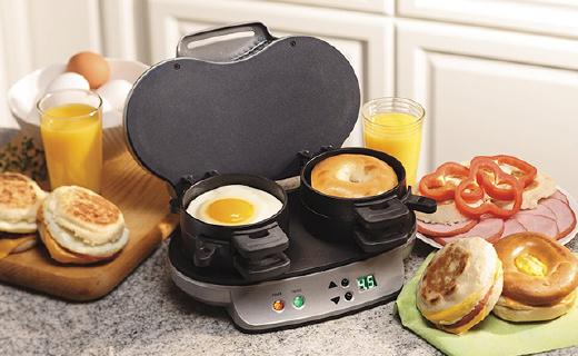 能够轻松搞定早餐的汉美驰三明治机,5分钟就能吃上热腾腾的汉堡