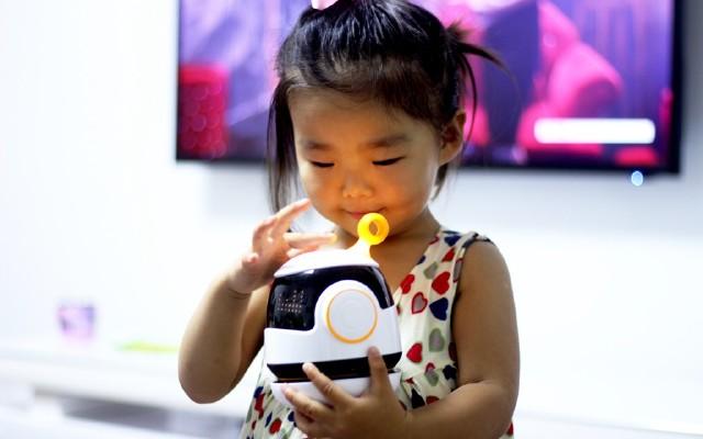 有内涵的泡泡,不拘一格的机器人,泡泡智能交互机器人体验