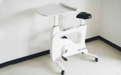 升降桌和健身车二合一,让我办公健身两不误 — 乐歌 乐小白V9居家多功能娱乐学习车体验 | 视频