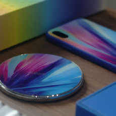 把艺术品拿在手上,奇妙梦幻的手机套装,耐尔金无线充电器奇幻礼盒体验