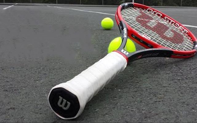 威尔胜(Wilson)RF97网球球拍
