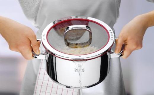 WMF砂锅:均匀受热保温好,德国制造高端又实用