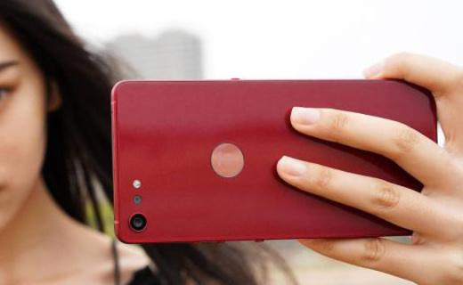 6GB大内存,酒红色千元最美气质机型 ,坚果Pro2特别版体验