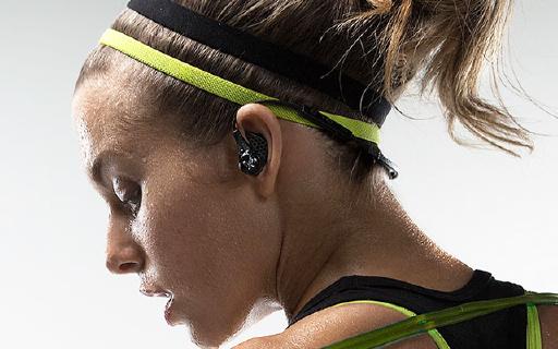终身防汗保修的JayBird蓝牙耳机,铁人三项官方指定,佩戴超舒适