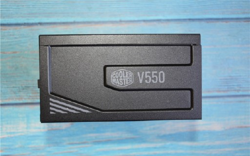 第一次装机,酷冷至尊V550 GOLD电源开箱