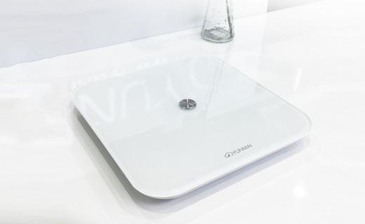 云麦好轻SE电子秤:4颗高精度传感器,蓝牙连接记录体重变化