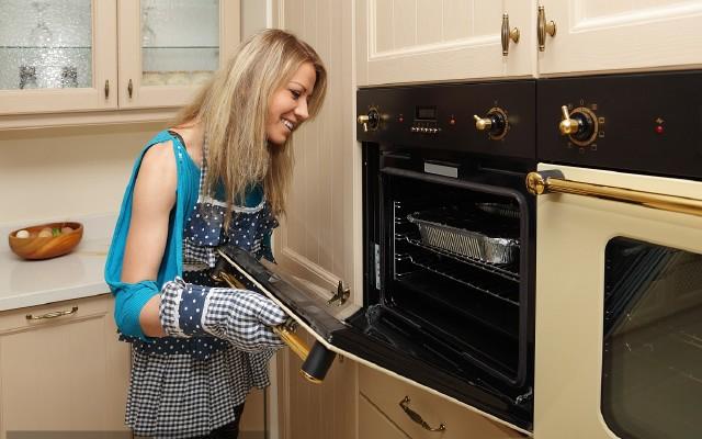 蒸烤箱跟单独的蒸箱、烤箱哪个好?全面对比评测给你想要的答案!