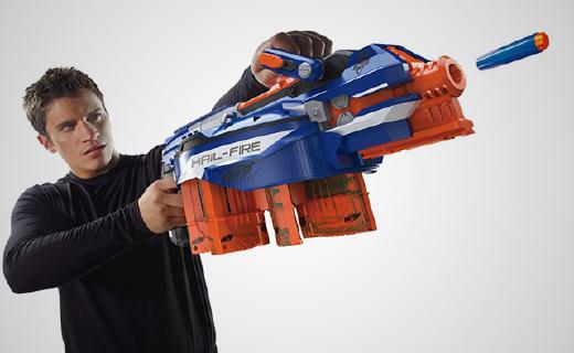 办公室枪战利器,这个Nerf枪能连打144颗子弹