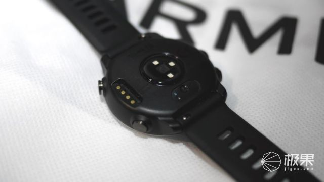 佳明(Garmin)Forerunner645运动音乐手表
