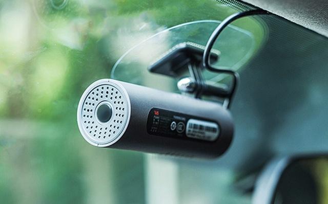 70迈智能行车记录仪