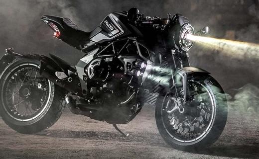 奥古斯塔新款RVS摩托车,推重堪比宝马,摩托界的罗密欧!