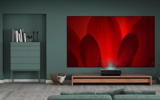 海信激光电视全新产品阵容发布,80寸只卖2万!