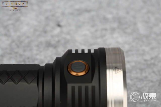 迈特明酷MT18户外打猎露营防水便携徒步LED强光手电筒