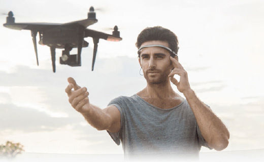 UMind意念机体验:戴在头上能意念操控的黑科技
