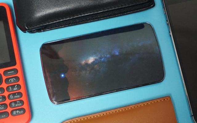 用上这块羽科苹果皮,你的iPhone也能三卡三待