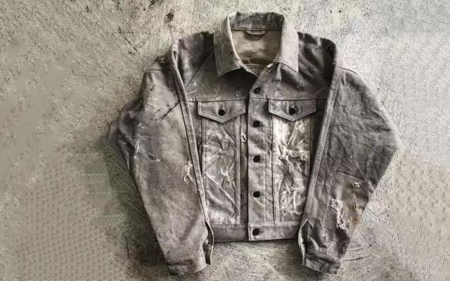破军装缝制的衣物竟卖万把块,看完我决定把爷爷的解放装偷出来