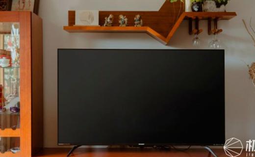 在家也能看4K电影?搭配杜比全景声,一台电视就是家庭影院!