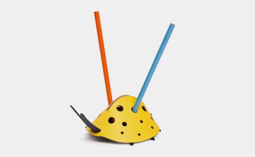 vacaValiente瓢虫笔架:可放置不同尺寸笔,皮革材质坚韧耐用