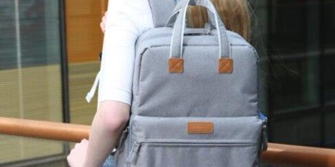 火柴人休闲双肩包:一包两仓3D设计,上班休闲都能背