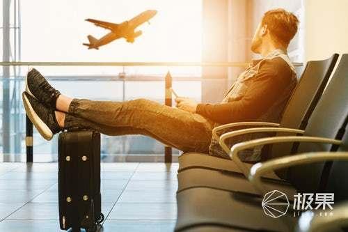 RIMOWA发布新款行李箱,渐变色彩外观满满少女心