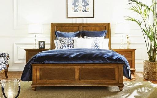 美克美家单人雪橇床:新西兰松木榫卯结构坚固耐用,床高还可调节