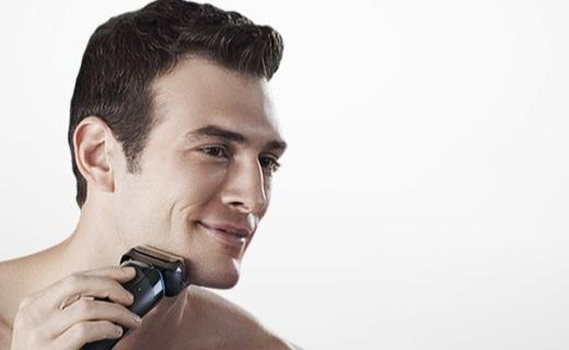 博朗3系电动剃须刀:面部贴合温和触感,剃须干净不留渣