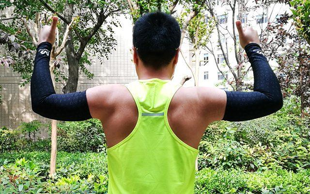 迈克达威紧身护臂体验,黑科技加身防晒排汗