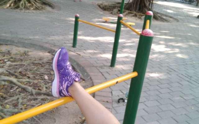 自带约跑功能的炫酷跑鞋,不带手机跑步数据一个不差