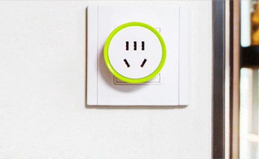 控客mini智能插座:充电?;ぢ缱远峡?,可设置定时延时
