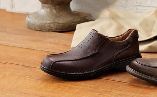 Clarks男士真皮船鞋:清爽透气脚不臭,轻盈柔软走路不累