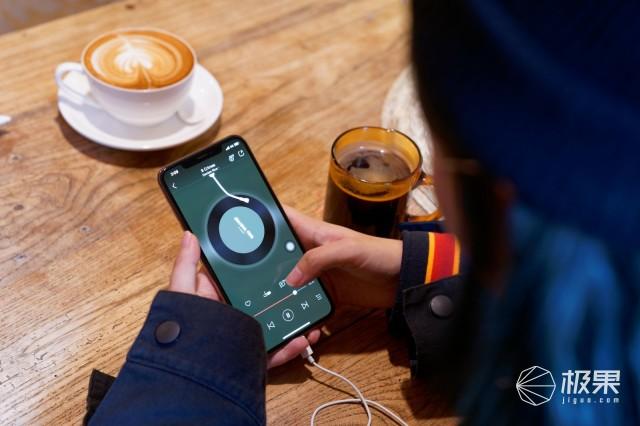 土豪金的诱惑:安卓忠粉的iPhoneXSMax体验