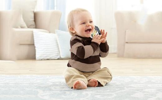 费雪电话玩具:多功能益智早教机,陪伴宝宝咿呀学语