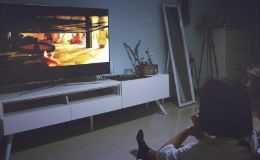 海信E9电视体验,有你在身边,客厅也能度蜜月