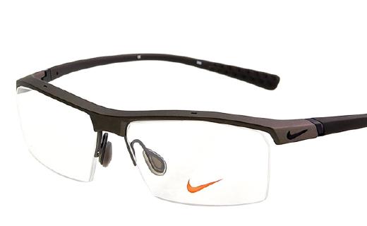耐克运动眼镜:高透气镜片技术,弹簧镜腿佩戴舒适