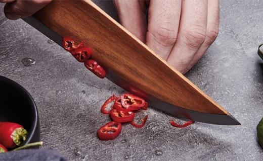 好钛用在刀刃上!这款木头厨刀让你变小当家