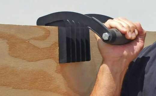新家具木板不好拿?美帝这个小工具让你多一只手